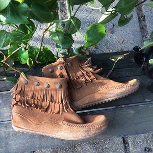 Minnetonka ankle booties❤️Genuine suede leather.